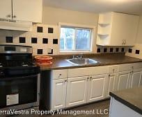 Kitchen, 21 W Adams St