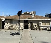 926 Pearl St, Walter Stiern Middle School, Bakersfield, CA