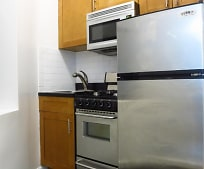 Kitchen, 527 E 88th St
