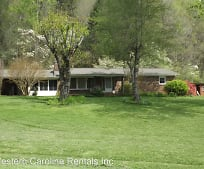 408 S Painter Rd, Cullowhee, NC