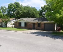 507 Pendleton St, Farmersville, TX