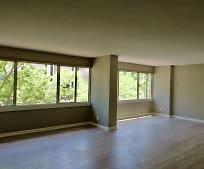 Living Room, 2510 Grand Blvd