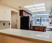 6216 Buena Vista Dr, Newark, CA