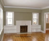 Living Room, 290 Rosewood Ave SE