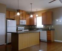 229 Oak St, Wyandotte, MI