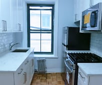 Kitchen, 511 E 78th St