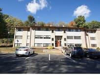 Building, 140 Royal Oak Dr