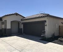 813 Grace Dr, Santa Nella, CA