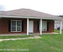 112 Dru Ct, Leesburg, GA