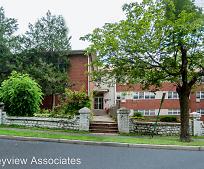 15 W Funston Ave, Chestnut Ridge Middle School, Chestnut Ridge, NY