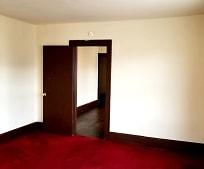 Living Room, 438 W Broad St