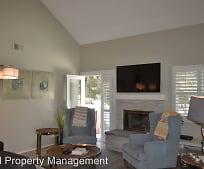 4620 Villas Dr, Bonita, CA