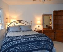 Bedroom, 35807 Smithfield Rd