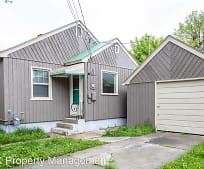 920 E 3rd St, Whitefish, MT