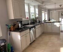 Kitchen, 5316 Trask St