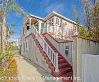 310 Eighth St, Manhattan Beach, CA