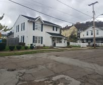 720 38th St, Bellaire, OH