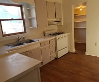 Kitchen, 522 9th St NW