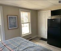 40 Cottage St, Remington Middle School, Franklin, MA