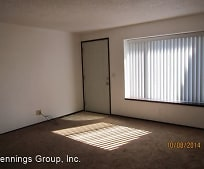 Living Room, 310 E 9th Ave