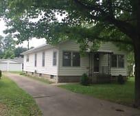505 N 19th St, Herrin, IL