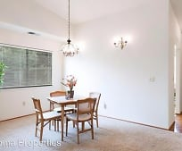 Dining Room, 920 5th St W