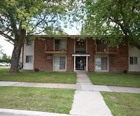 1390 Maricopa Dr, Traeger Middle School, Oshkosh, WI
