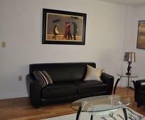 Living Room, 65-54 Austin St