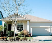 8825 Oakfield Ln, Windsor, CA