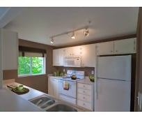 Kitchen, 21163 NW Galice Ln
