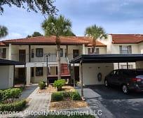 314 Pine Hollow Cir, Englewood, FL