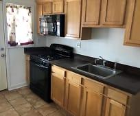 Kitchen, 106 Kingston Rd