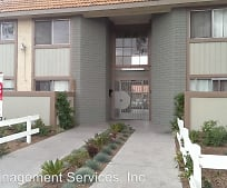 27301 Whites Canyon Rd, Sierra Vista Junior High School, Canyon Country, CA