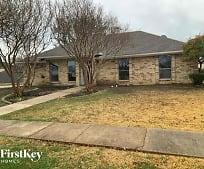 2626 Fallcreek Dr, Country Place Elementary School, Carrollton, TX