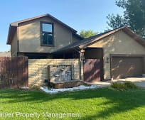 4708 Steamboat Cir, Colonial Pine Hills, SD