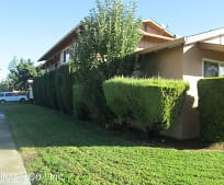 8210 Wren Ave, Gilroy, CA