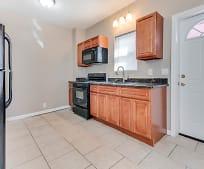 Kitchen, 104 Evesham Ave W