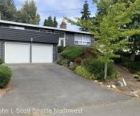 16634 SE 8th St, Phantom Lake Elementary School, Bellevue, WA