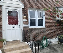 446 Rively Ave, Upper Darby, PA