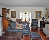 Living Room, 30 N Adgers Wharf