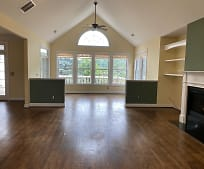 301 Orchard Ct, Fairview, NC