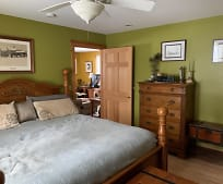 Bedroom, 860 Atlantic Hwy