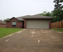 606 W Tyler St, Rusk, TX