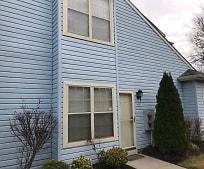 Building, 637 Covington Ct