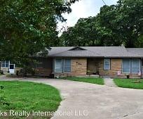 701 Roberts Cut Off Rd, River Oaks, TX