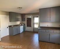 1407 Worcester St, Springfield, CT
