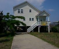 Building, 322 Soundview Dr