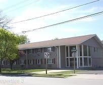 151 E Dekora St, Saukville, WI
