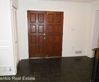 Building, 12811 Saddlebrook Dr