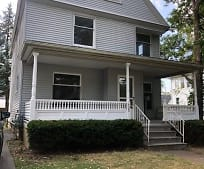425 East Ave, Elyria, OH